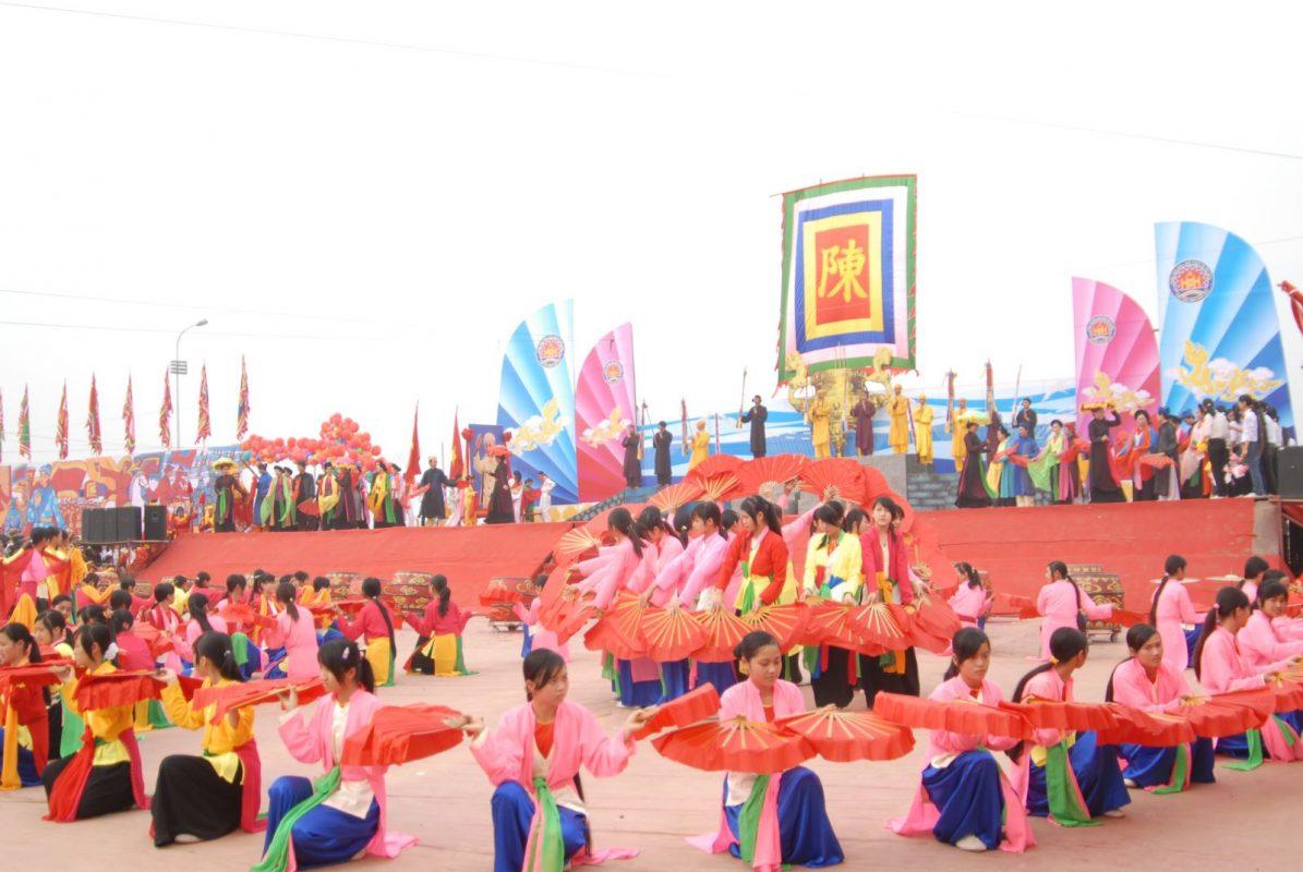 tổ chức lễ hội