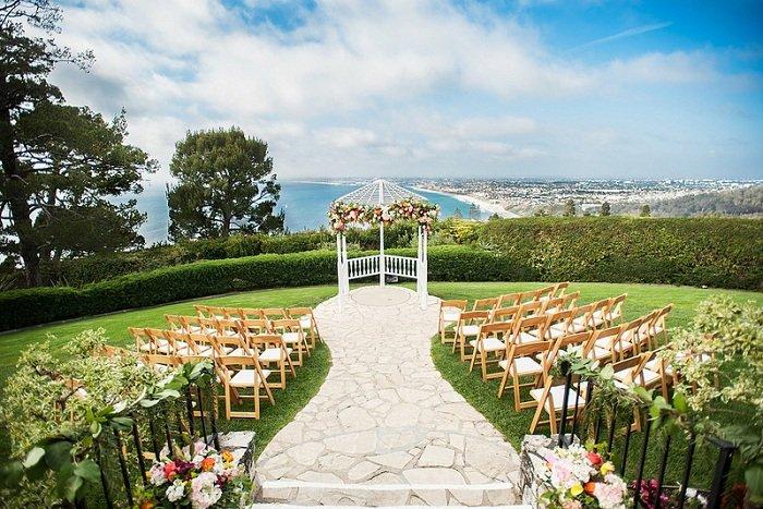 Các mẫu sân khấu đám cưới đẹp
