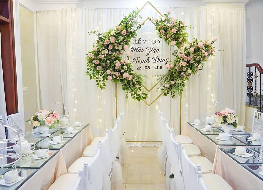 mẫu phông rèm đám cưới mới nhất