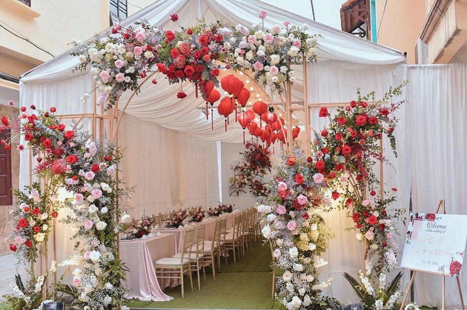 mẫu cổng cưới hoa đẹp