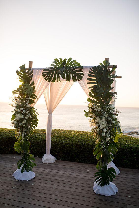 Cách trang trí cổng cưới lá dừa đẹp