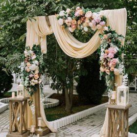 cổng cưới phong cách Châu Âu