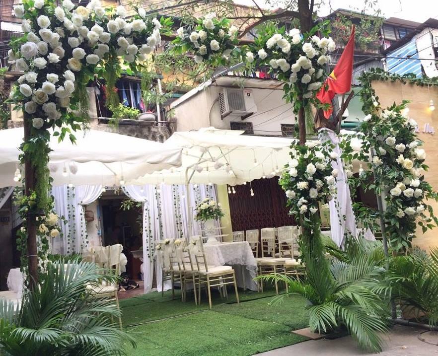 cổng cưới hoa lụa đẹp