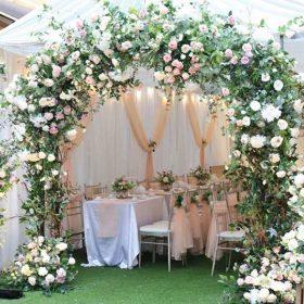 cổng hoa cưới hình vòm