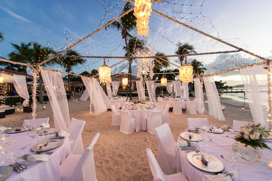 Trang trí đám cưới ngoài trời đẹp