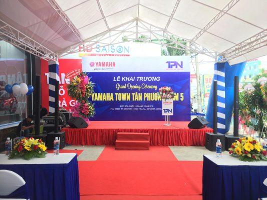 Cho thuê sân khấu đẹp giá rẻ tại Hà Nội